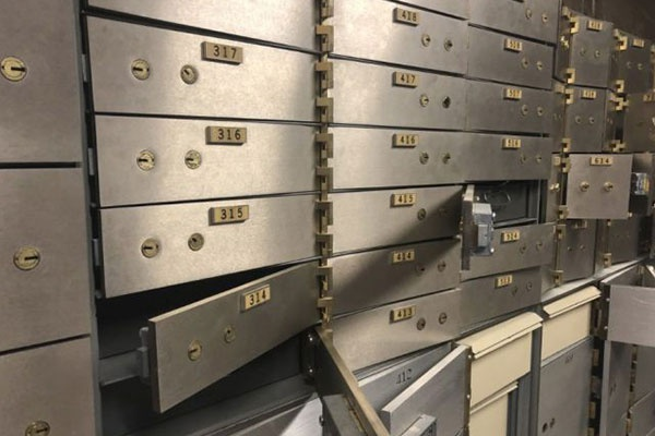 Which is better to keep cash, in a safe deposit box or in a safe in your  home, and why? - Quora