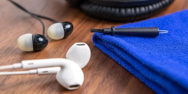 What do I do if I get my earphones wet? - Quora