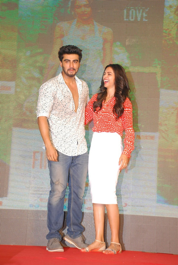 Who Is Taller Deepika Or Kriti Sanoon Quora