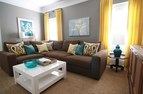 Green Walls And Brown Furniture, What Color Furniture Goes With Gray Walls