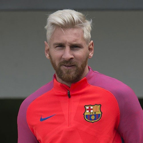 What type of hair does Messi have? - Quora