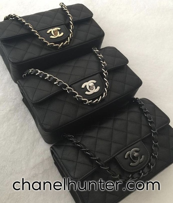 6bd7099a2396 Chanel Replica bags do look not only beautiful, fancy, and elegant, but  also similar to the original ones. It is quite a task to tell the  difference between ...