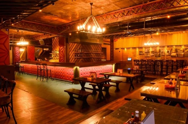 What are some great ideas for setting up a bachelor party for my ...