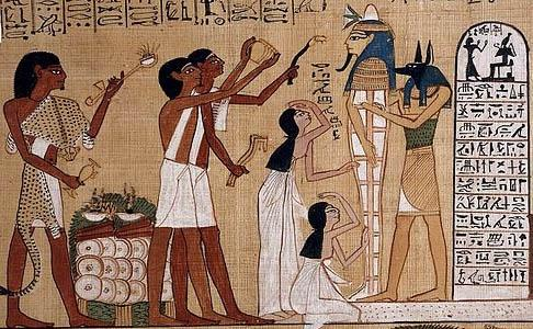 What characterized the clothing of ancient Egyptian ...