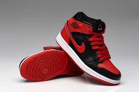 707bfd84bb42 What kind of shoes go with a red top and black jeans  - Quora