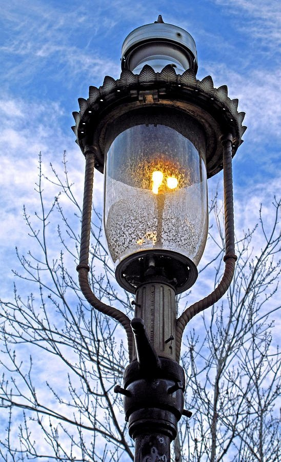 As Early I Know The First Street Lights Were Gas