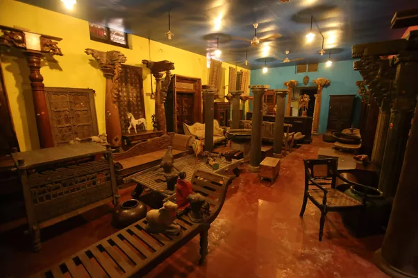 Heritage Arts is an exquisite antiques shop, one of the finest in India.  Located in Cochin, Kerala, the shop has a tempting collection of Antique  Furniture, ... - Where Can We Buy Antique Items In India? - Quora