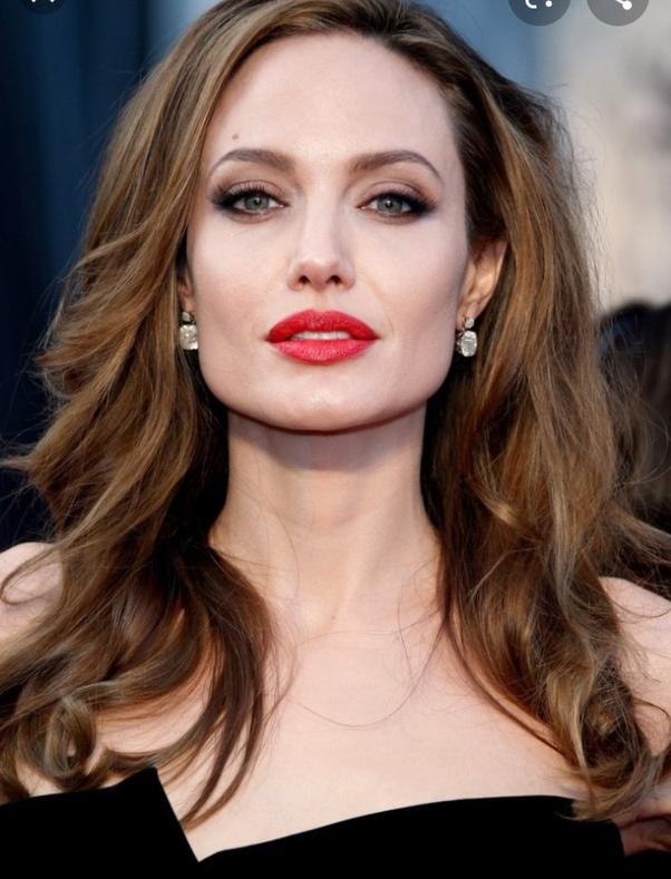 Quién es más rica, Angelina Jolie o Jennifer Aniston? - Quora