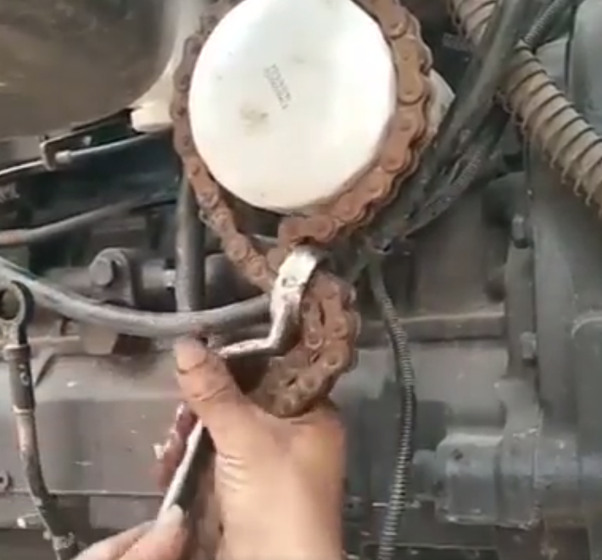 22 Inch Multi Purpose Belt Strap Wrench,Oil Filter Anti-sliding Wrench