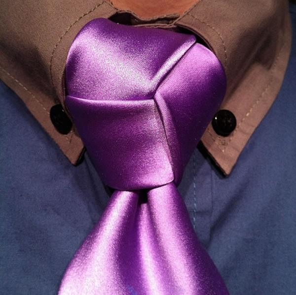 which is the best type of tie knot how is it made quora rh quora com Trinity Necktie Knot Trinity Knot Cross