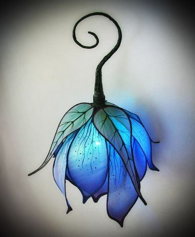 Any Kid Will Love A Lamp That Reflects What They Like. Say Theyu0027re Into  Enchanted Forests, Fairies, And The Like, Then This Blue Flower Lamp Could  Be ...