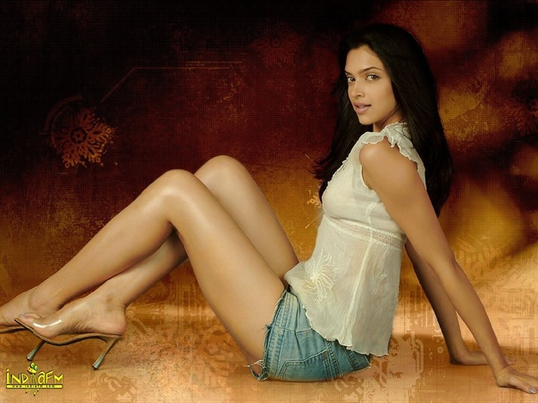 Who has better legs, Deepika vs Katrina? - Quora