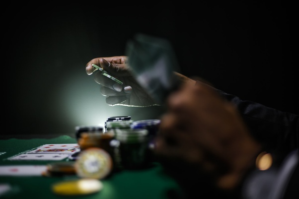 is there a difference between betting and gambling games