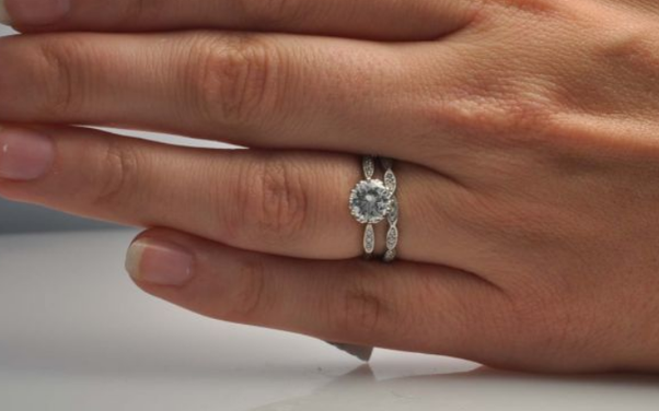 How do wedding rings and engagement rings differ Quora
