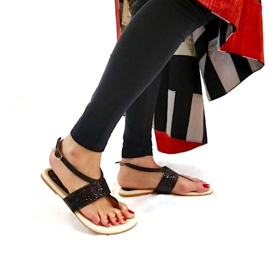 9c5fc3b4e7 I want to buy sandals. which is the best online shop? - Quora