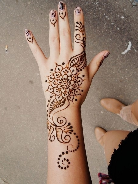 Is It Offensive If A White Person Wears Henna Quora