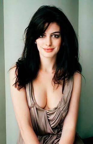 Girls beautiful cleavage indian