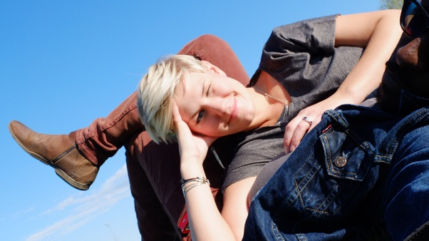 Hookup and marriage customs in sweden