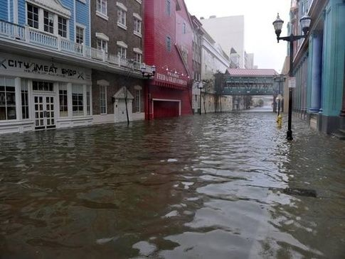 hurricane sandy and its effects At last count, officials were attributing 97 deaths to hurricane sandy and its aftermath within a 65-mile radius of new york city, in an area that stretched across new york, new jersey and.