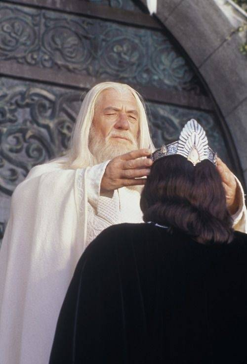 In The Lord Of The Rings Can Gandalf Be Compared To Jesus Quora