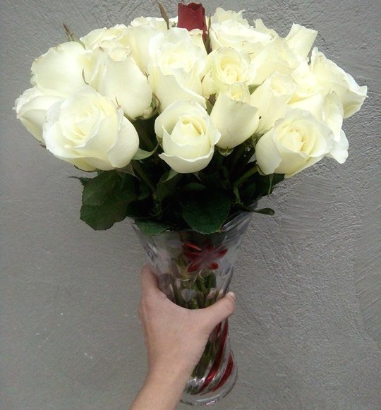 So folks, if you are in search of a reliable online florist with nice gift items to send flowers/gifts to Philippines, just go with , & you won't regret!