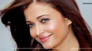 Are Aishwarya Rai's eyes natural? - Quora