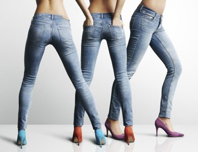 Can help hard cock in tight jeans