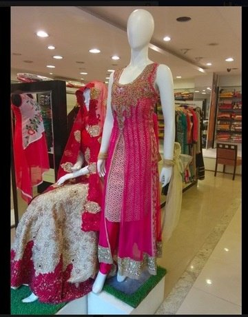 Zaina is great store for party wear sarees and gowns. This is a readymade  store with good party wear sarees starting around Rs. 5000.
