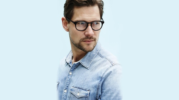 a18e404cb9 The Classic - Just shave your cheeks and neck   this beard style will  primarily suit everyone in their mid 30s.