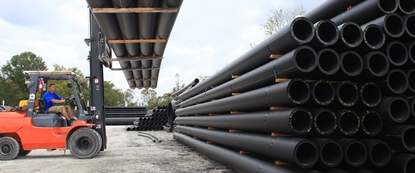 What is the difference between an MS pipe and an HDPE pipe