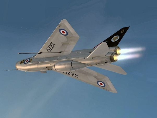 how good or bad was the english electric lightning compared to