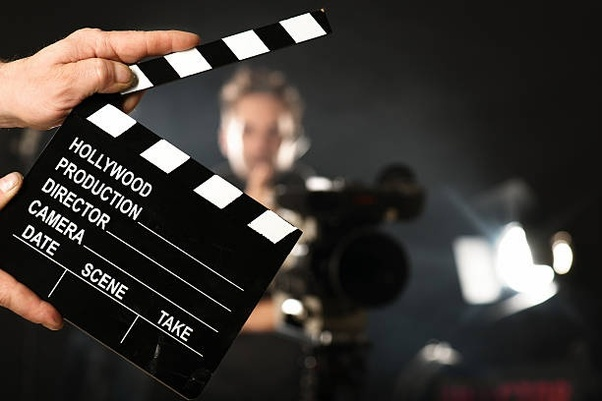 Whats a need of a clapboard in movie shooting? Why is it required? - Quora