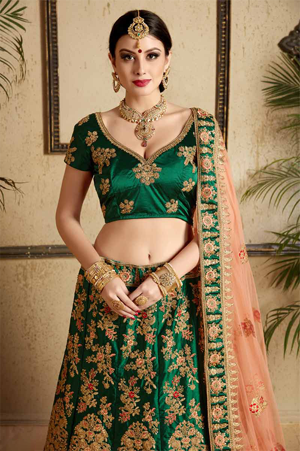 b1381bba33 ... specially designed to wear on a wedding and includes the colors that  best suit these occasions and also Ghagra Cholis too. The Dark Green  Lehenga choli ...