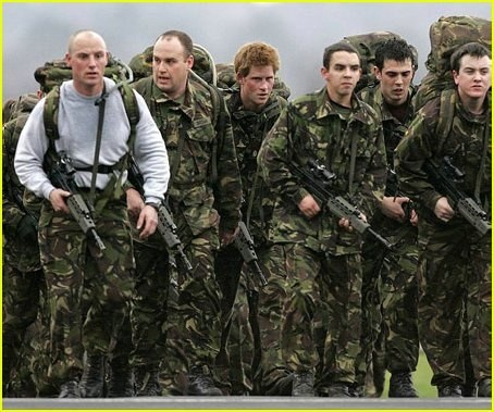 Why is a lot of British SAS training just rucking/tabbing
