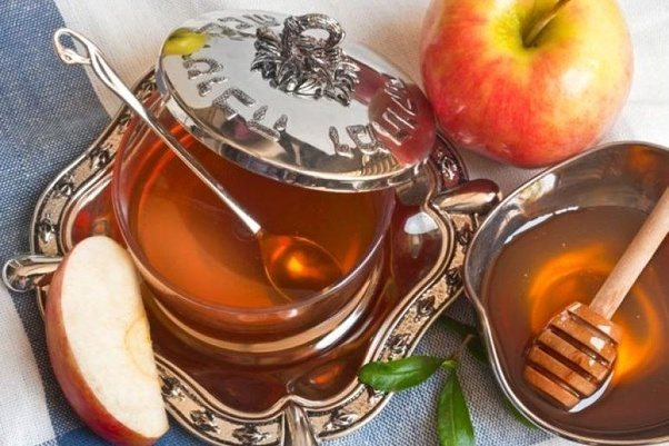 What are some rosh hashanah messages jewish people post to friends happy new year m4hsunfo