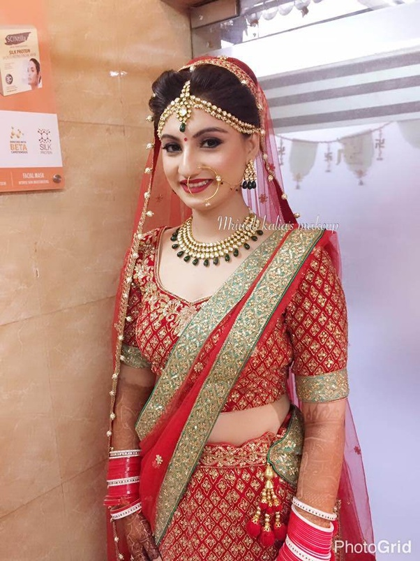 The salon based in New Delhi offers to beautify you as the most charming and adorable bride of the world on your great day of wedding.