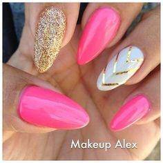 What Nail Art Would Be Really Attractive And Different On Long Hot