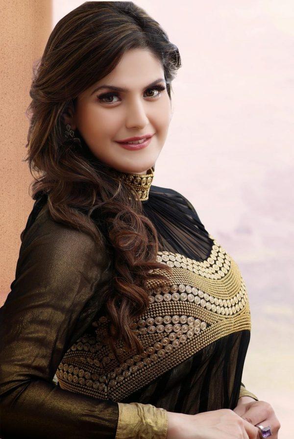 Zarine Khans