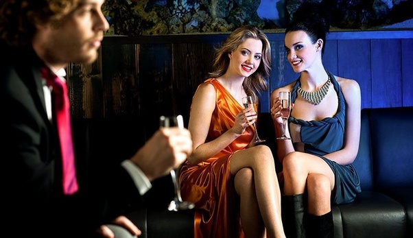 Vinkkejä kirjoittaa hyvä online dating profiili