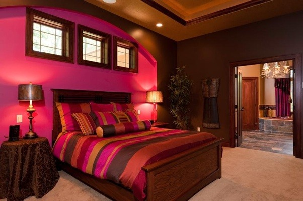 What are pink and brown bedroom ideas quora for Brown and red bedroom decorating ideas