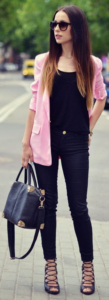 Can I wear a pink blazer with plain black tee and black ...