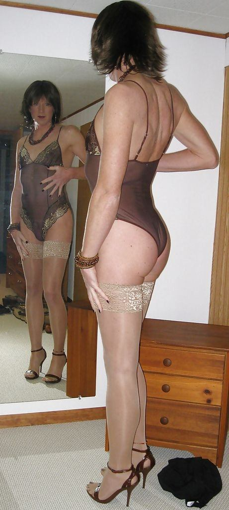 men panties Crossdresser wearing