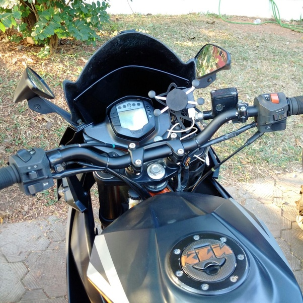 Can I replace the handlebar on a KTM RC 390 with less