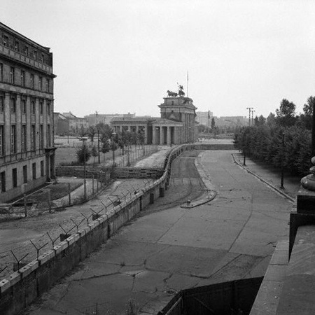 The Berlin Wall Itself Was Not A Rhetorical Device But Purpose Built Barrier Between Western Controlled Sections Of And Part