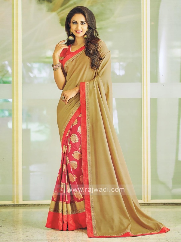 d09d4944d1 Which Indian ethnic dress do Indian business women prefer to wear in ...