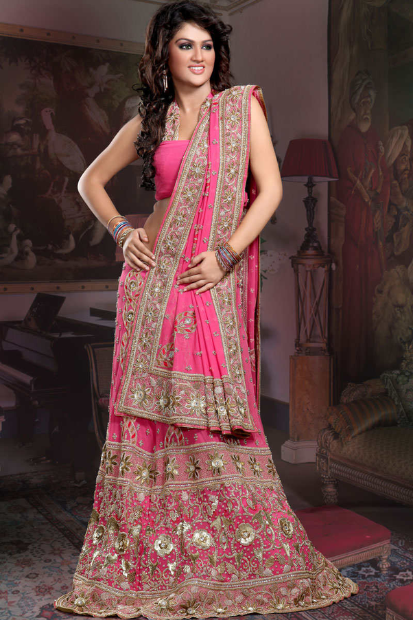 What Is The Difference Between Indian Ethnic Wear And Western Wear