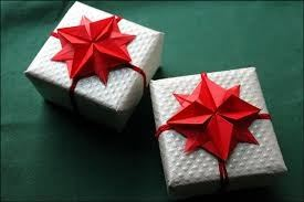 These Are Some Ideas Of Gift Wrapping Using Origami