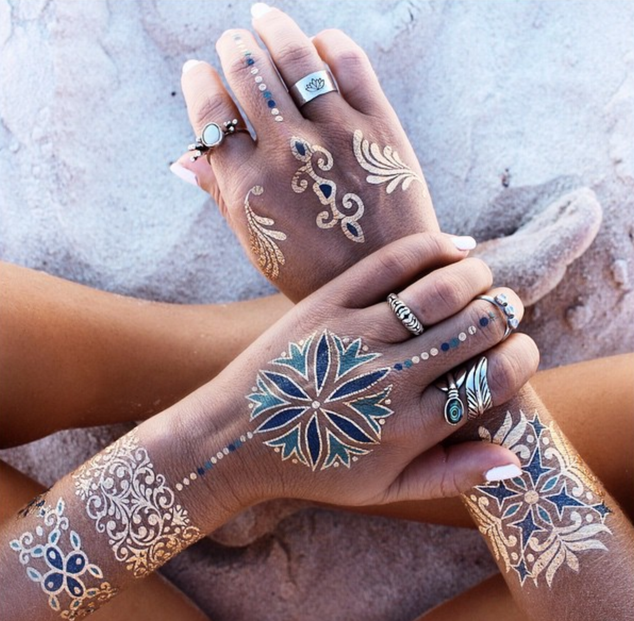 Do glitter/metallic tattoos exist? - Quora