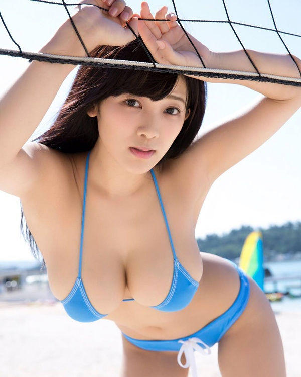 Pictures of japan women daring bikini