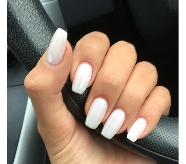 Where can I see some pictures for nail color for a green dress? - Quora